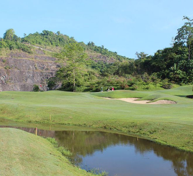 Ratchaprapa golf course 4